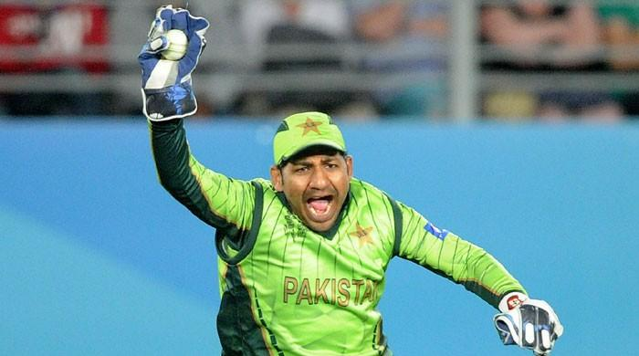 Sarfraz Ahmed returning home to be with ailing mother: sources