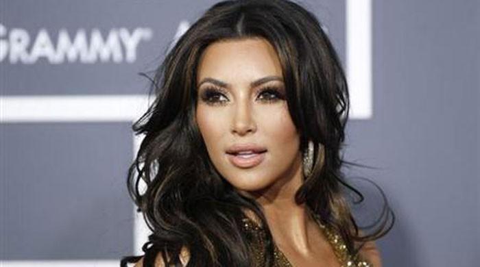 'Robber pulled gun on me', Kardashian told French police