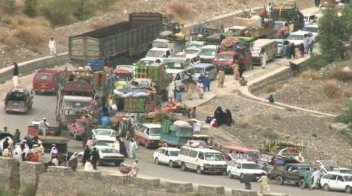 Pakistanis who fled army offensive begin return home: officials