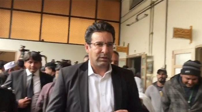 Wasim Akram agrees to out-of-court settlement with car shooting suspect