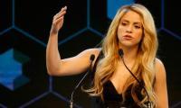 Shakira urges Davos elite to nurture future leaders