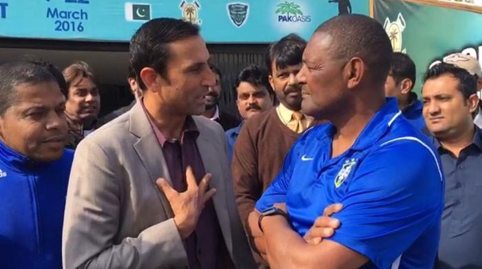 'Teach us cricket, we'll teach you football' – Brazilian coach Sanchez's offer to Younis
