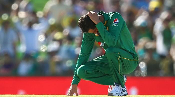 Did no one tell Pakistan 'catches win matches'?