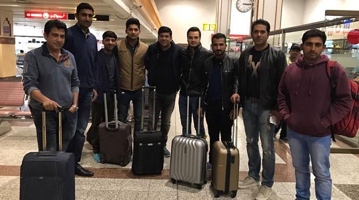 Lahore Qalandars reach Dubai for PSL 2017