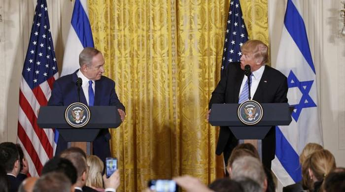 Meeting Israel's Netanyahu, Trump backs away from commitment to Palestinian state