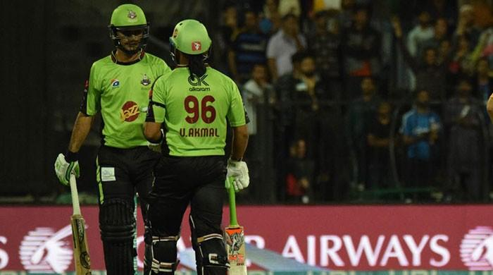 Fakhr, bowlers help Qalandars script second PSL win