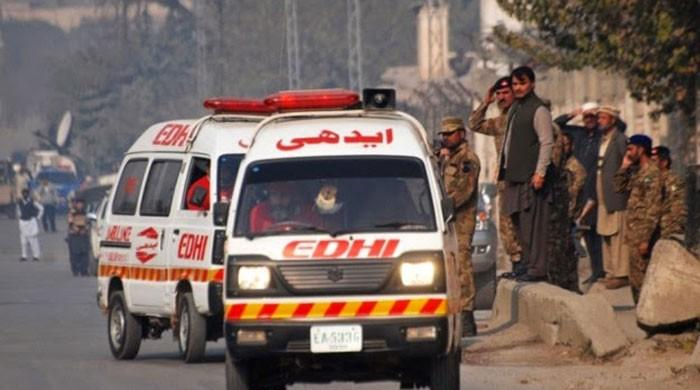 Lives could have been saved at Sehwan, if ambulances weren't stuck at port: Edhi