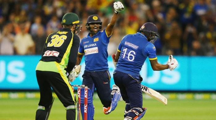 Sri Lanka beat Australia off last ball to win first T20