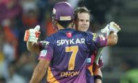 Smith replaces Dhoni as IPL team captain