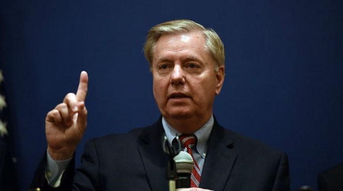 US senators eye new sanctions on Iran