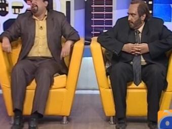 Dummy Mustafa Kamal jokes with Dummy Farooq Sattar