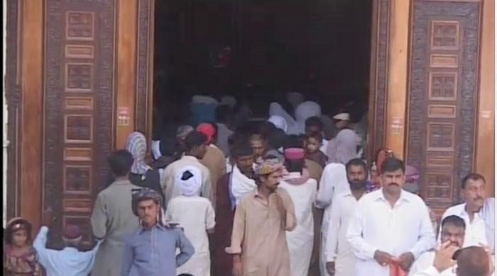 Sehwan blast: Bereaved families still in search of bodies