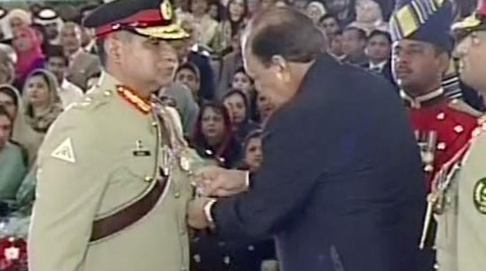 President confers civil, military awards on notable figures