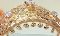 Hyderabad traders prepare gold crown for PM ahead of his arrival