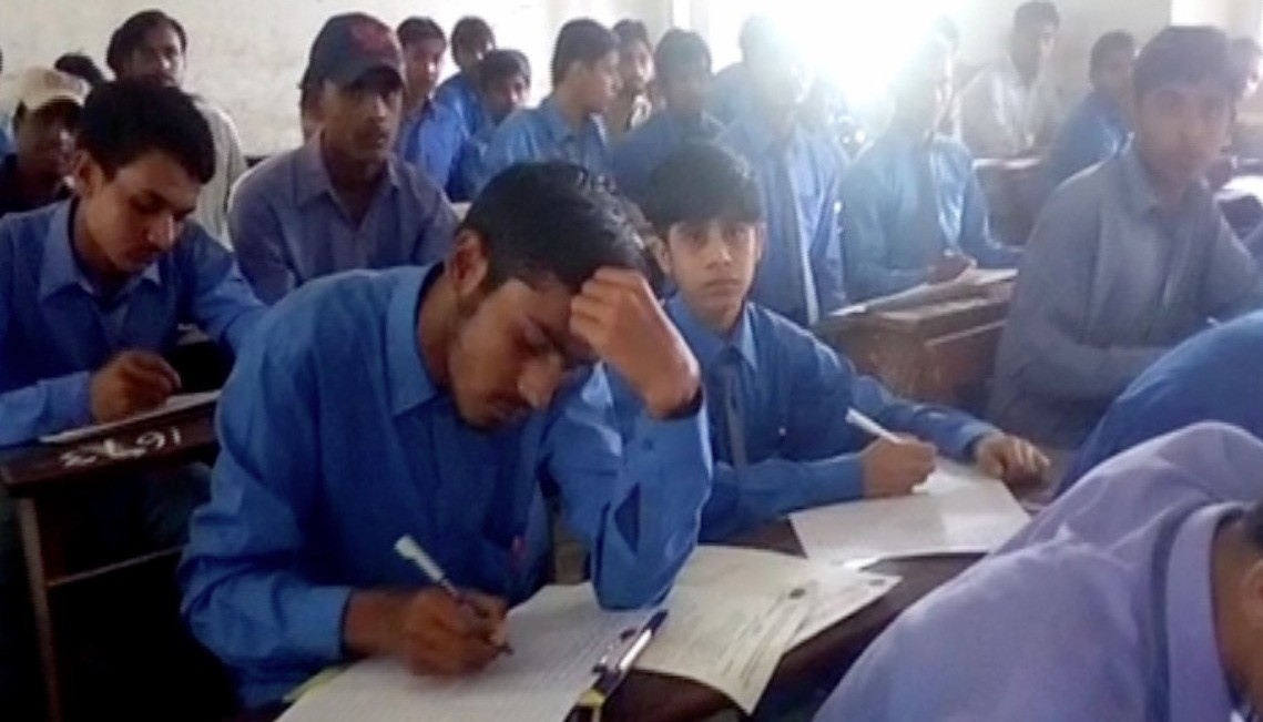 essay on load shedding of electricity in karachi Essay on load shedding in pakistan  has much graver problems and one of them is load shedding it is the 21st century and there is no electricity in .