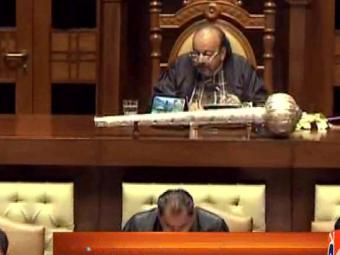 Sindh representatives throw jokes on each other in assembly 28-March-2017