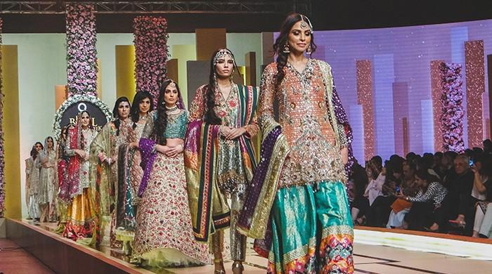 Bridal Couture Week 2017 wraps up with ode to Kashmir