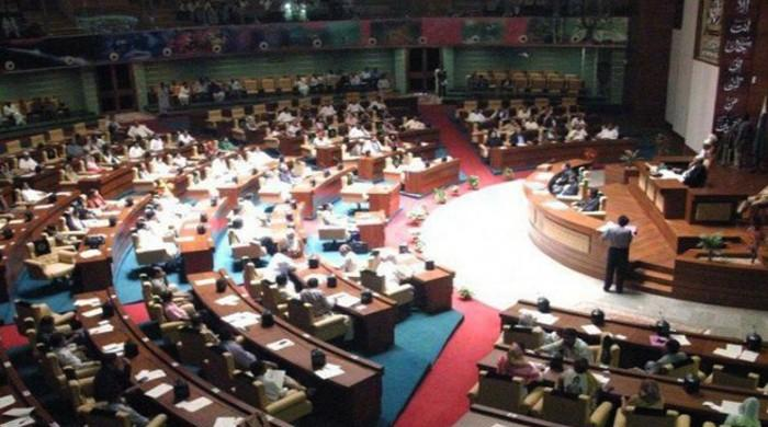 Sindh Assembly passes resolution demanding PM resignation