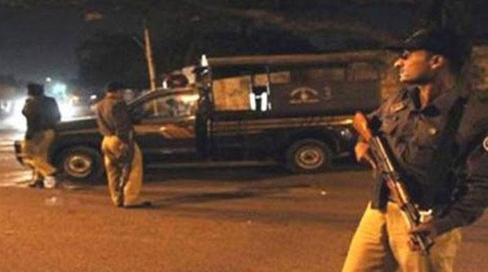 One injured, fugitive among 16 held in Karachi