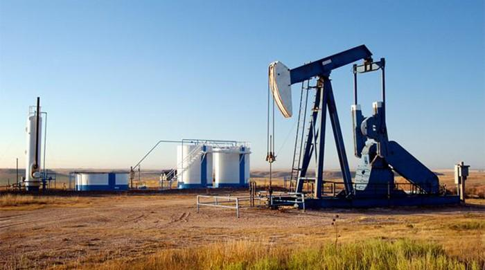 Oil recovers some lost ground, but market under pressure