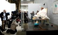 French artist succeeds in hatching eggs after one week