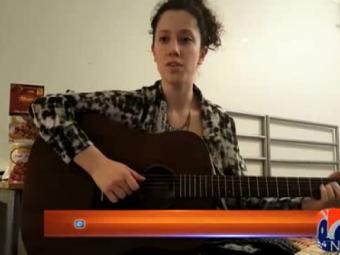 Turkish girl sings Dil Dil Pakistan