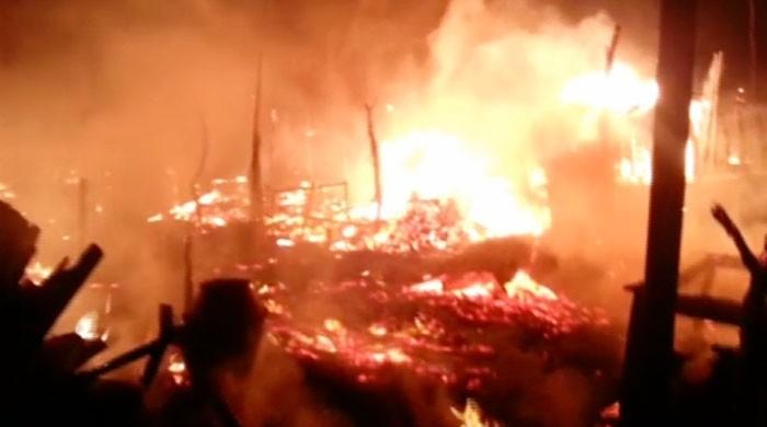 Over 20 shops, hotel gutted in Bhit Shah fire