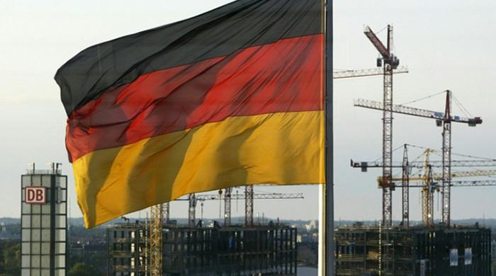 IMF tells Berlin to act now to reduce trade surplus