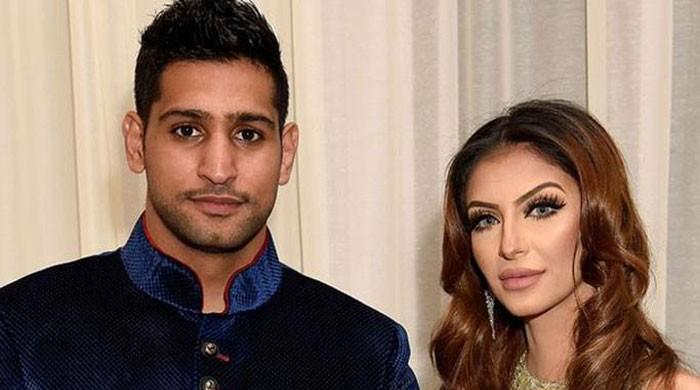 Hackers attack boxer Amir Khan's phone