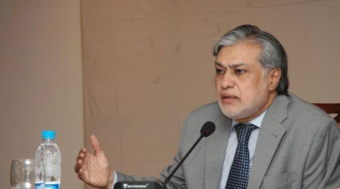 Ishaq Dar directs FBR to finalise budget work early