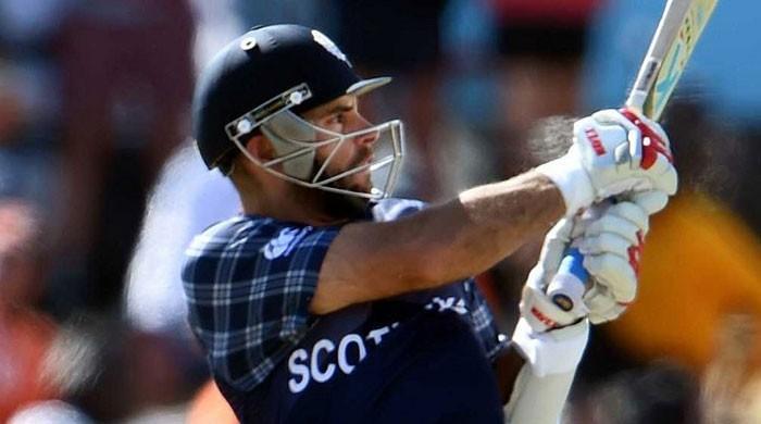 Scotland shock Sri Lanka ahead of Champions Trophy