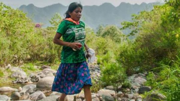 This Mexican Woman Ran A 50 Km Race In Sandals And Beat The Odds