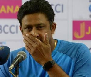 India seek new coach despite Kumble's success