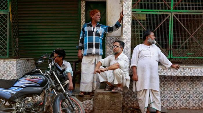 India's Muslim meat traders plan legal action against govt over new rules