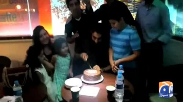 Misbah celebrates 43rd birthday with friends and family 28-May-2017