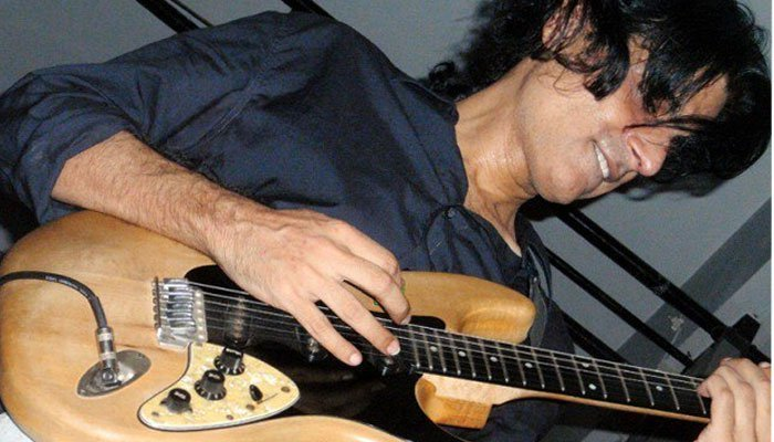 Legendary guitarist Aamir Zaki passes away at 49