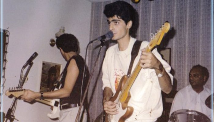 Legendary guitarist Aamir Zaki passes away at 49