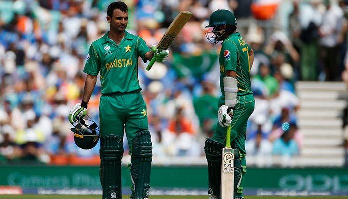 Pakistan´s Fakhar Zaman celebrates his half century with Azhar Ali - Reuters