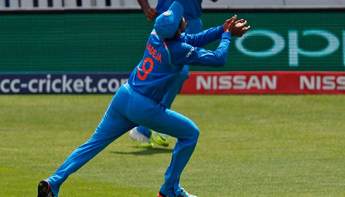 India´s Ravindra Jadeja runs to catch a mis-hit shot from Pakistan´s Fakhar Zaman during the ICC Champions Trophy final cricket match between India and Pakistan - AFP