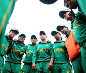 Sarfraz wishes Pakistan women's cricket team ahead of World Cup