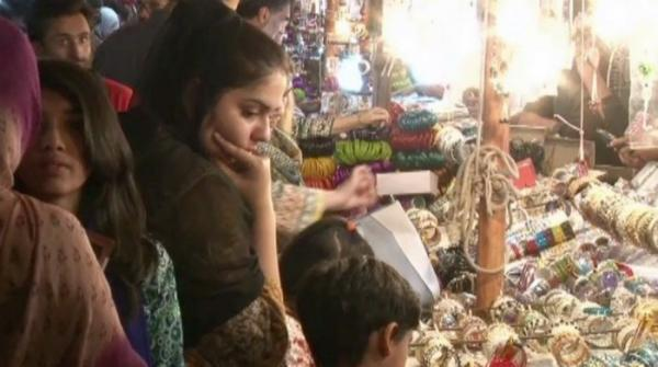 Colourful bangles attracting women for Eid preparation