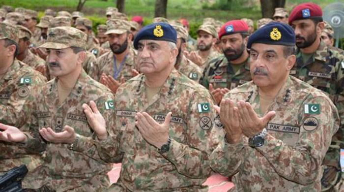 Services chiefs visit forward bases, spend Eid with troops