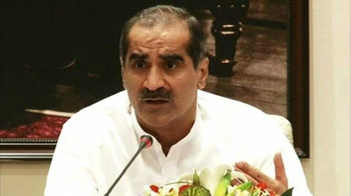 Imran's style of politics akin to throwing dirt at each other: Saad Rafique