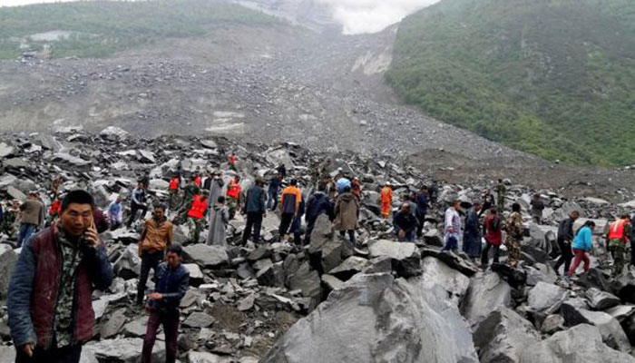 15 killed, 120 missing in China landslide