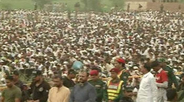 Combined funeral prayers offered for Bahawalpur oil tanker fire victims