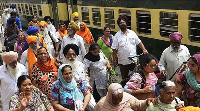 Indian authorities stopping Sikh pilgrims from traveling to Pakistan, says FO