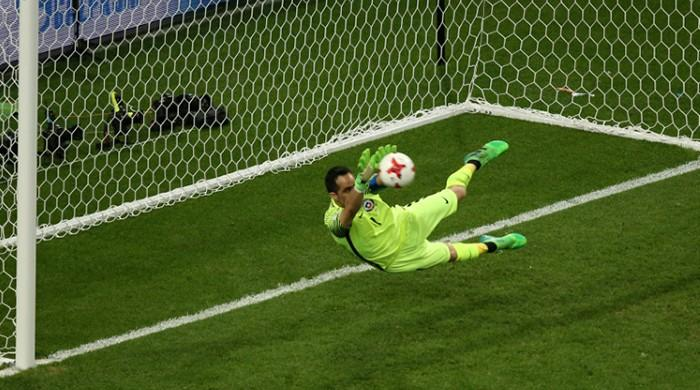 Bravo is Chile's hero in Confed Cup shoot-out win
