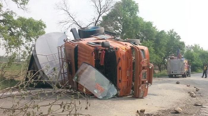 Oil tanker crashes in Attock