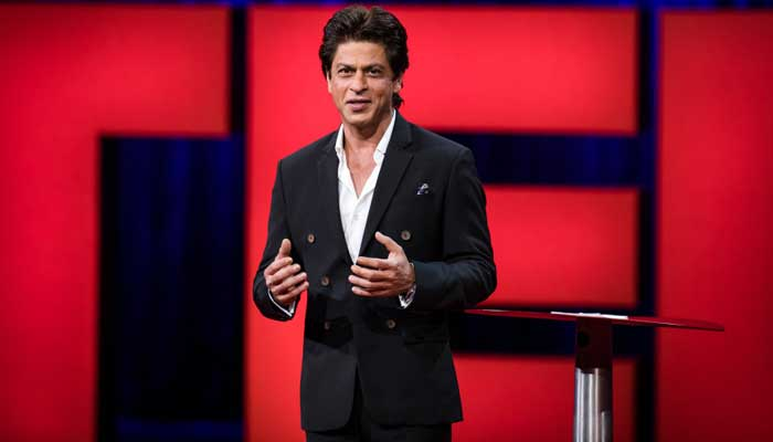 Salman Khan and Shah Rukh Khan sharing screen space together ONCE again!