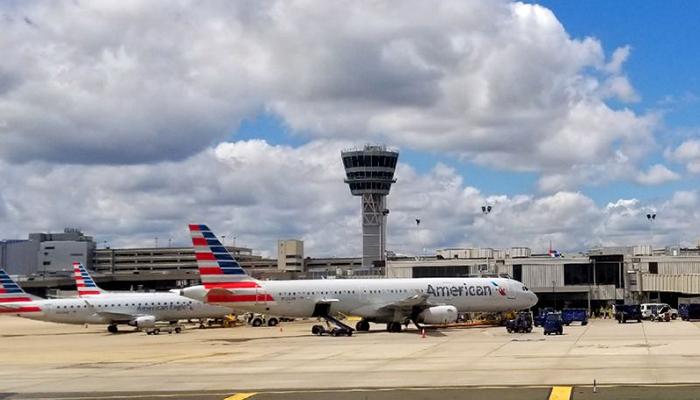 Qatar Airways CEO says he's sorry for slighting USA flight attendants